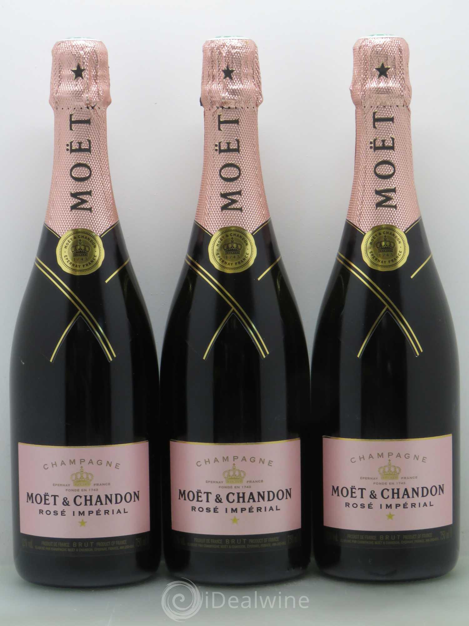 buy brut champagne mo t et chandon imp rial lot 1134. Black Bedroom Furniture Sets. Home Design Ideas