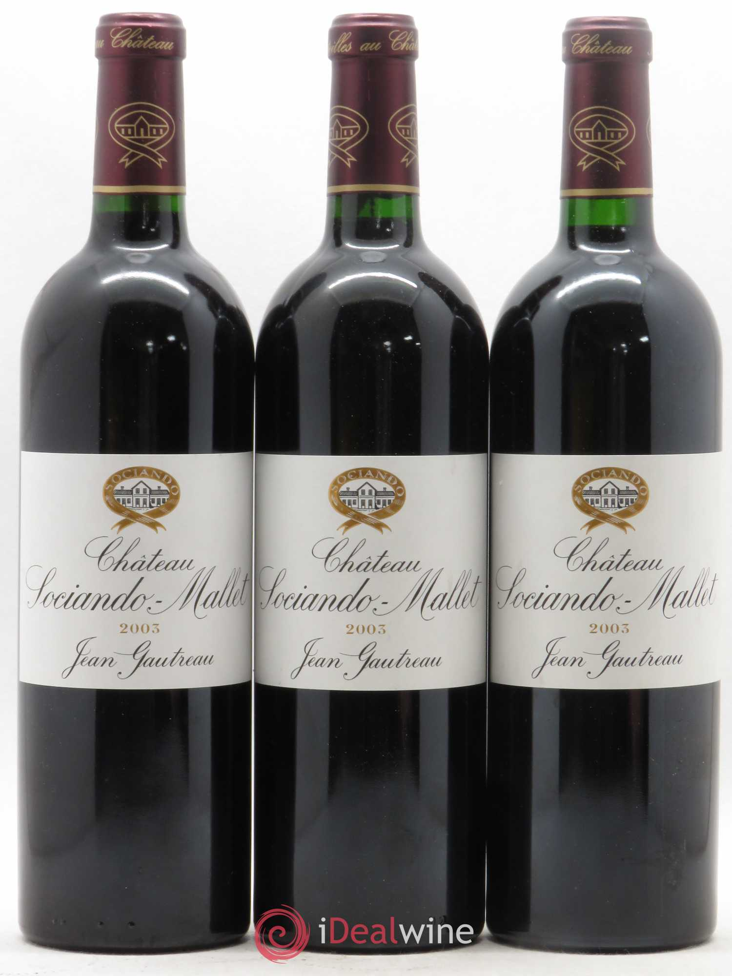 Château Sociando Mallet  2003 - Lot of 3 Bottles