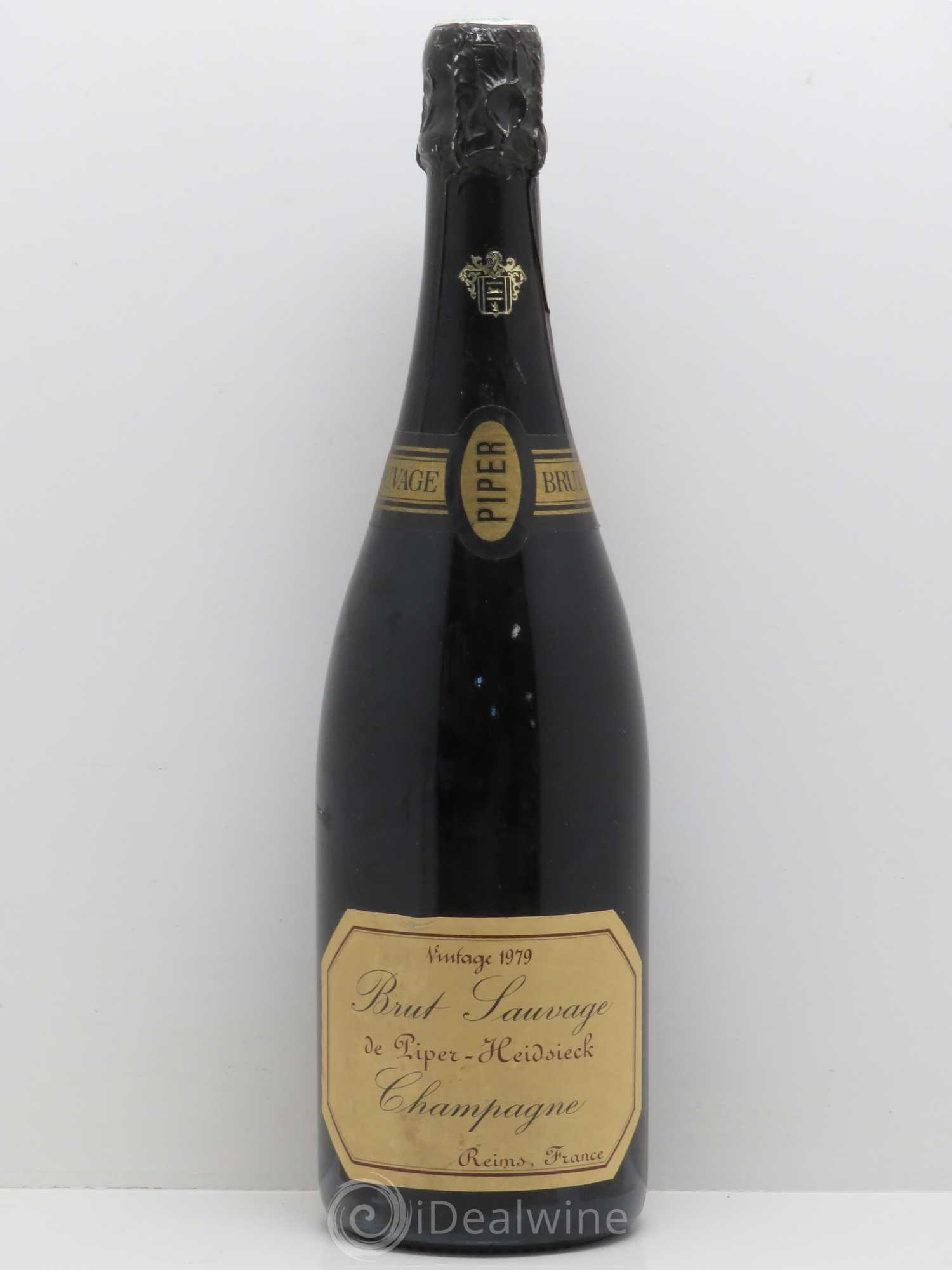 acheter brut champagne piper heidsieck vintage brut sauvage 1979 lot 2593. Black Bedroom Furniture Sets. Home Design Ideas