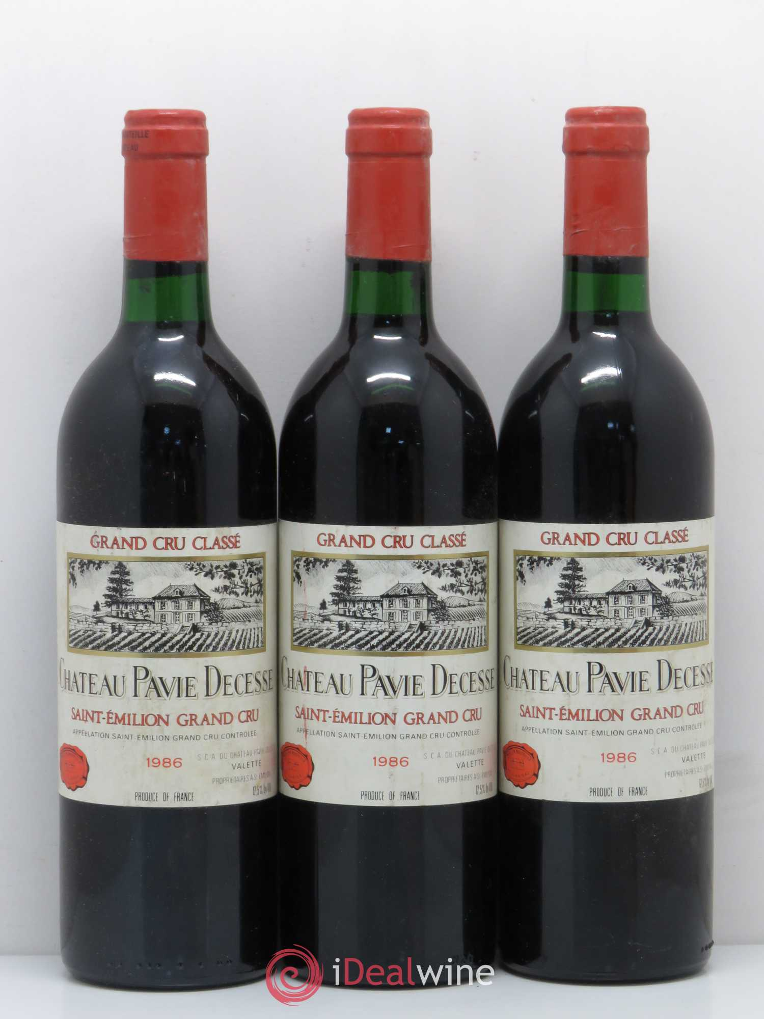 Château Pavie Decesse Grand Cru Classé  1986 - Lot of 3 Bottles