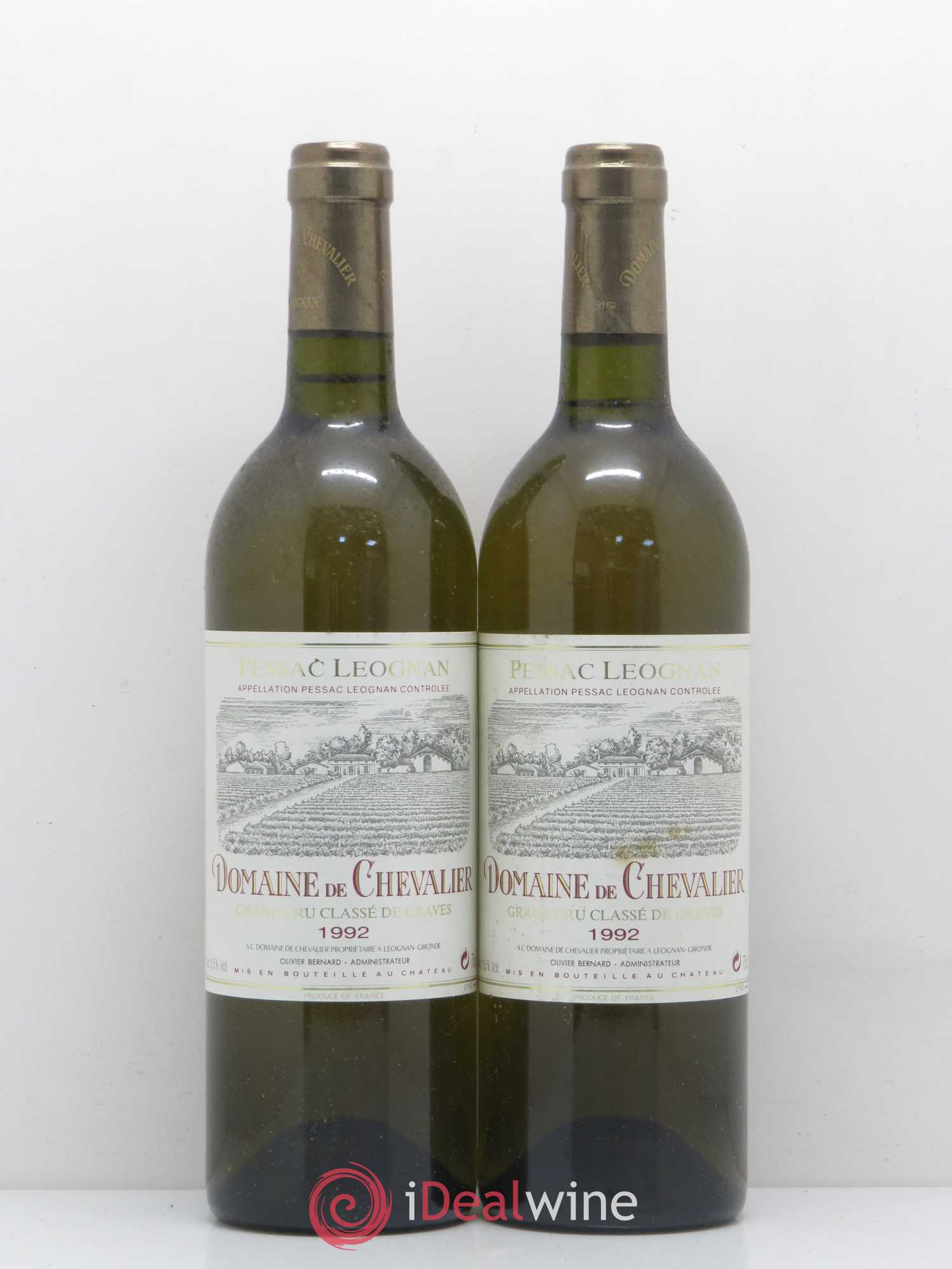 Domaine de Chevalier Cru Classé de Graves  1992 - Lot of 2 Bottles
