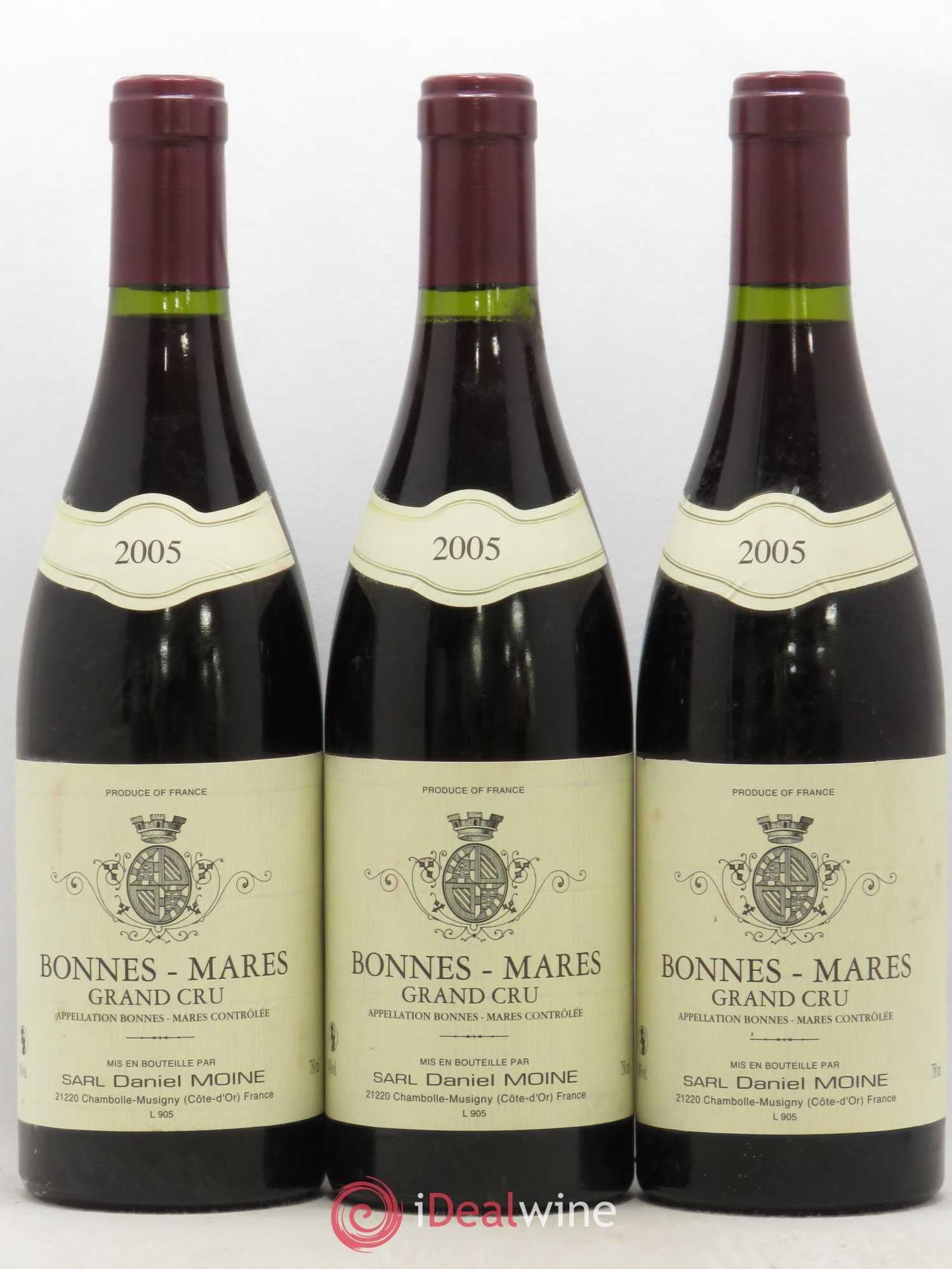 Bonnes-Mares Grand Cru Daniel Moine 2005 - Lot of 3 Bottles