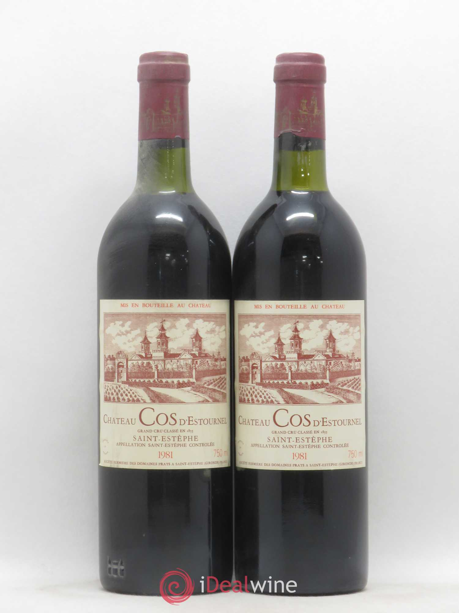 Cos d'Estournel 2ème Grand Cru Classé  1981 - Lot of 2 Bottles