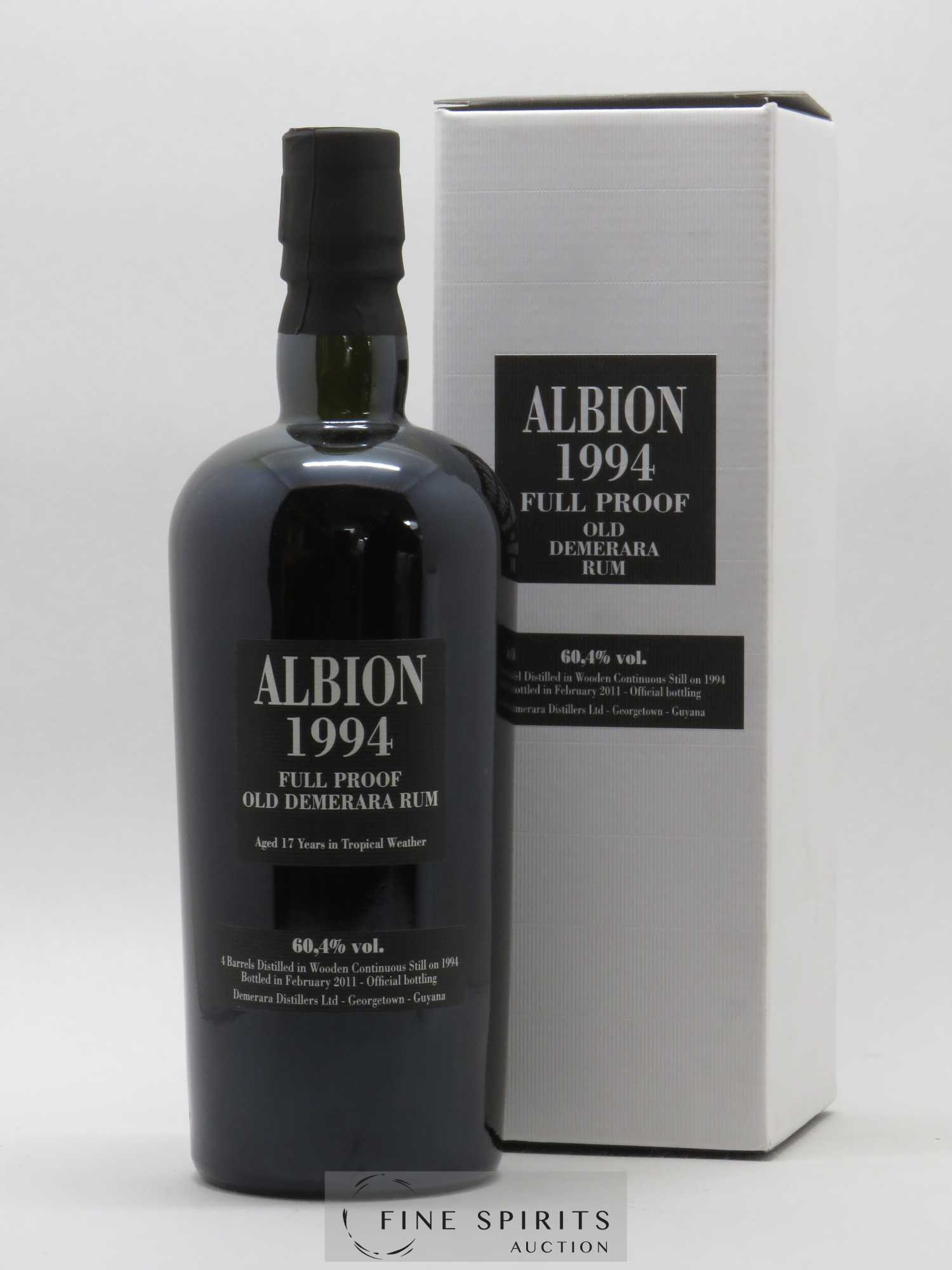 Albion 17 years 1994 Of. Full Proof Barrels AN - bottled in 2011 Velier   - Lot de 1 Bouteille