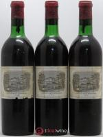Château Lafite Rothschild 1er Grand Cru Classé  1970 - Lot of 3 Bottles