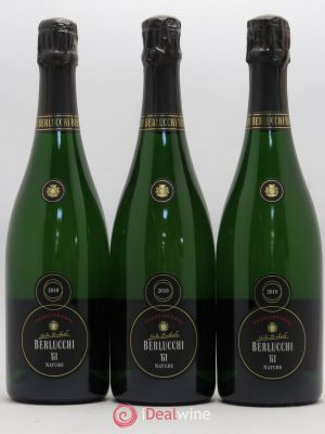 Italie Guido Berlucchi 61 Franciacorta Brut Nature (no reserve) 2010 - Lot de 3 Bottles