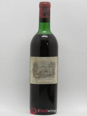 Château Lafite Rothschild 1er Grand Cru Classé  1966 - Lot de 1 Bottle