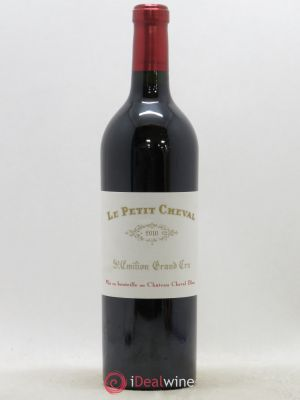 Petit Cheval Second Vin  2010 - Lot de 1 Bottle