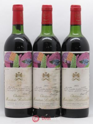 Château Mouton Rothschild 1er Grand Cru Classé  1975 - Lot de 3 Bottles